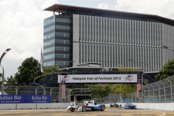 Putrajaya E-Prix, Race. Putrajaya E-Prix, Malaysia - 20th-22nd November 2014. Saturday 22 November 2014. Franck Montagny (FRA)/Andretti Motorsport - Spark-Renault SRT_01E  Photo: Michael Hoyer - Jakob Ebrey/LAT/ Formula E ref: Digital Image EL0G1157