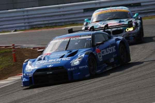 2014 Japanese Super GT Series. Fuji, Japan. 3rd - 4th May 2014. Rd 2. GT500 Winner Hironobu Yasuda & J.P.L.De Oliveira ( #12 CALSONIC IMPUL GT-R ) action World Copyright: Yasushi Ishihara / LAT Photographic. Ref: 2014SGT_Rd2_003.JPG