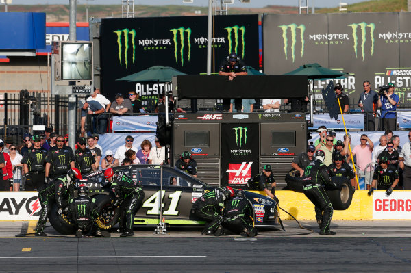 Monster Energy NASCAR Cup Series Monster Energy NASCAR All-Star Race Charlotte Motor Speedway, Concord, NC USA Friday 19 May 2017 Kurt Busch, Stewart-Haas Racing, Monster Energy Ford Fusion World Copyright: Matthew T. Thacker LAT Images ref: Digital Image 17CLT1mt1402