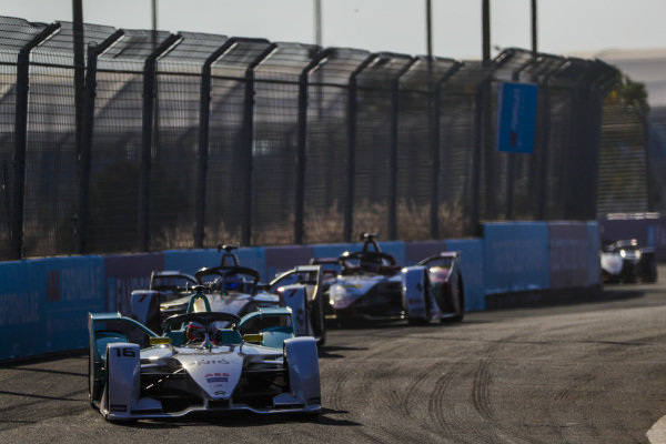 Oliver Turvey (GBR), NIO Formula E Team, NIO Sport 004, leads Jose Maria Lopez (ARG), GEOX Dragon Racing, Penske EV-3