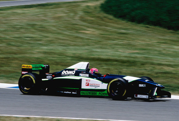 1996 Argentinian Grand Prix.Buenos Aires, Argentina. 5-7 April 1996.Pedro Lamy (Minardi M195B Ford).Ref-96 ARG 28.World Copyright - LAT Photographic