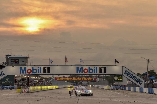 #911 Porsche GT Team Porsche 911 RSR, GTLM: Patrick Pilet, Nick Tandy, Frederic Makowiecki