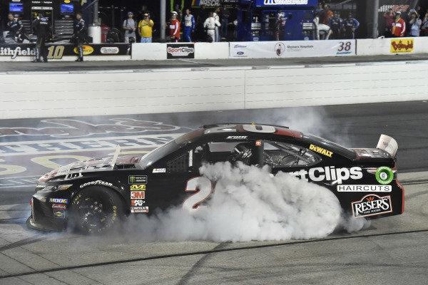 #20: Erik Jones, Joe Gibbs Racing, Toyota Camry Sport Clips Throwback celebrates his win