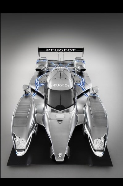 The Peugeot 908 HY hybrid was unveiled at Silverstone.