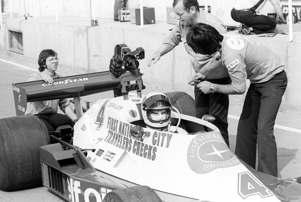 Jackie Stewart (GBR) prepares to take the Tyrrell 008 out onto the track fitted with a movie camera.