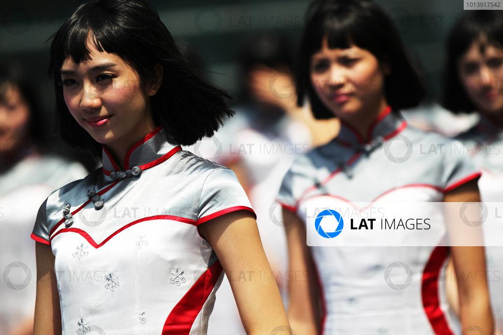 Shanghai International Circuit, Shanghai, China Sunday 14th April 2013 Grid Girls. World Copyright: Andy Hone/LAT Photographic ref: Digital Image HONY6448