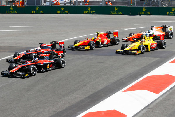 Baku City Circuit, Baku, Azerbaijan. Sunday 25 June 2017Alexander Albon (THA, ART Grand Prix) leads Nobuharu Matsushita (JPN, ART Grand Prix) from Sean Gelael (INA, Pertamina Arden)  Photo: /FIA Formula 2 ref: Digital Image _R3I3581