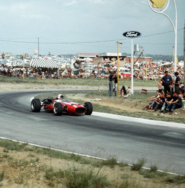 Kyalami, South Africa.31/12/66-2/1/1967.Jo Bonnier (Cooper T81 Maserati).Ref-3/2497.World Copyright - LAT Photographic