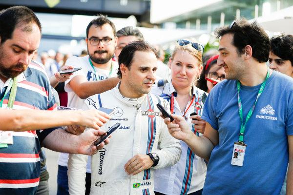 Interlagos, Sao Paulo, Brazil. Sunday 12 November 2017. Felipe Massa, Williams Martini Racing, talks after his final home grand prix. World Copyright: Glenn Dunbar/LAT Images  ref: Digital Image _31I4294