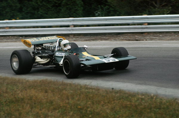 1971 Canadian Grand Prix.  Mosport, Canada. 17-19th September 1971.  Pete Lovely, Lotus 69 Ford.  Ref: 71CAN32. World Copyright: LAT Photographic