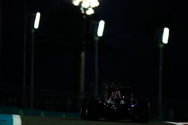 Yas Marina Circuit, Abu Dhabi, United Arab Emirates. Saturday 22 November 2014. Daniel Ricciardo, Red Bull Racing RB10 Renault. World Copyright: Glenn Dunbar/LAT Photographic. ref: Digital Image _W2Q5679