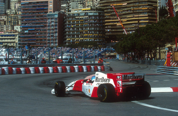1994 Monaco Grand Prix.Monte Carlo, Monaco.12-15 May 1994.Mika Hakkinen (McLaren MP4/9 Peugeot) at the Nouvelle Chicane. He exited the race after he was hit by Hill on the first lap.Ref-94 MON 06.World Copyright - LAT Photographic