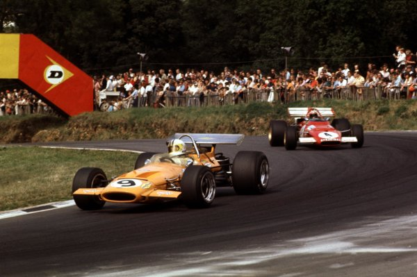 1970 British Grand Prix.Brands Hatch, England.16-18 July 1970.Denny Hulme (McLaren M14A Ford) leads Clay Regazzoni (Ferrari 312B). They finished in 4th and 3rd positions respectively.World Copyright - LAT Photographic