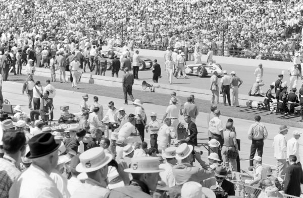 Atmosphere before the race.