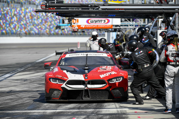 #25 BMW Team RLL BMW M8 GTE, GTLM: Pit Stop, Timo Glock, Philipp Eng, Bruno Spengler, Connor De Phillippi