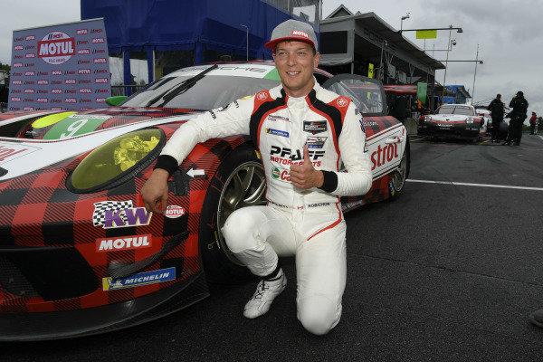 #9 PFAFF Motorsports Porsche 911 GT3 R, GTD:  Zacharie Robichon