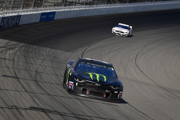 #1: Kurt Busch, Chip Ganassi Racing, Chevrolet Camaro Monster Energy, #2: Brad Keselowski, Team Penske, Ford Mustang Discount Tire
