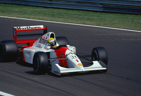 1992 Italian Grand Prix.Monza, Italy.11-13 September 1992.Ayrton Senna (McLaren MP4/7A Honda) 1st position.Ref-92 ITA 08.World Copyright - LAT Photographic