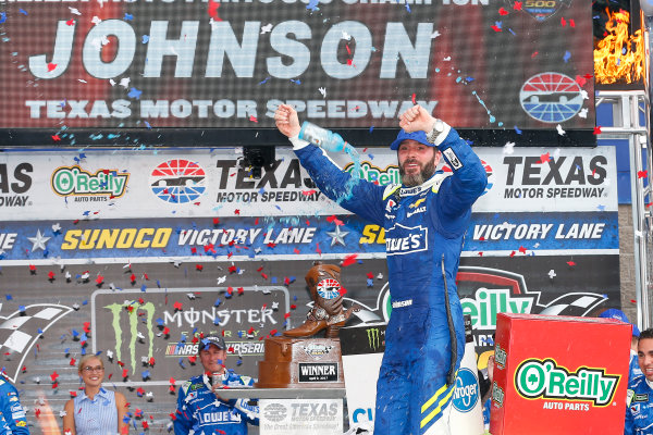 2017 Monster Energy NASCAR Cup Series O'Reilly Auto Parts 500 Texas Motor Speedway, Fort Worth, TX USA Sunday 9 April 2017 Jimmie Johnson celebrates his win with a burnout  World Copyright: Russell LaBounty/LAT Images ref: Digital Image 17TEX1rl_5465