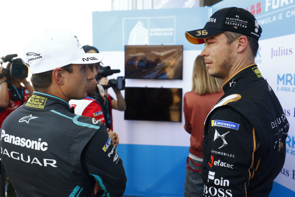 Mitch Evans (NZL), Panasonic Jaguar Racing, and Andre Lotterer (DEU), DS TECHEETAH, talk during qualifying