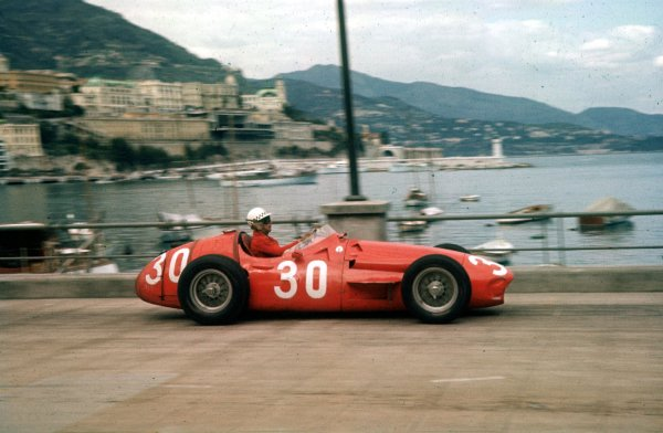 1956 Monaco Grand Prix.Monte Carlo, Monaco.10-13 May 1956.Jean Behra (Maserati 250F) 3rd position.Ref-56 MON 06.World Copyright - LAT Photographic