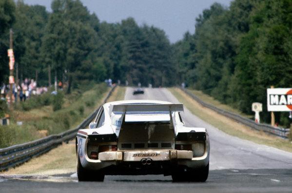 1981 Le Mans 24 Hours. Le Mans, France. 13th - 14th June 1981. John Cooper / Dudley Wood / Claude Bourgoignie (Porsche 935 K3), 4th position, action.   World Copyright: LAT Photographic. Ref: 81LM19.