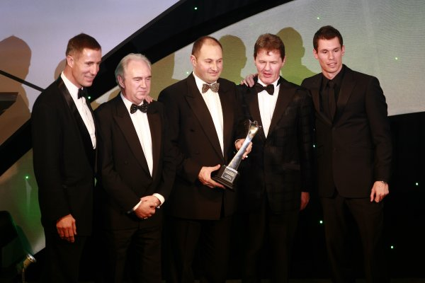 2006 Autosport AwardsGrosvenor House Hotel, London. 3rd December 2006.Andy Green and Alan van der Merwe present the International Rally Car award to Malcolm Wilson and the Ford team.World Copyright: Malcolm Griffiths/LAT Photographicref: Digital Image _MG_2612