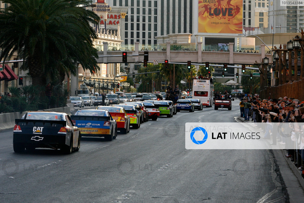 1-3 December, 2010, Las Vegas, Nevada USAThe top 12 points earners for 2010 head back down Las Vegas Blvd.©2010, LAT South, USALAT Photographic