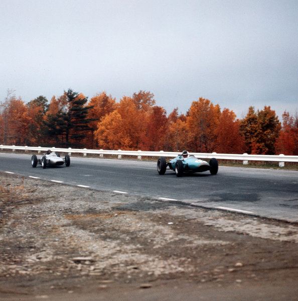 Watkins Glen, New York, USA.5-7 October 1962.Jack Brabham (Brabham BT3 Climax) leads Dan Gurney (Porsche 804). They finished in 4th and 5th positions respectively.Ref-3/0690S.World Copyright - LAT Photographic
