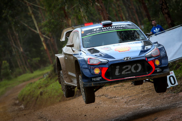 2017 FIA World Rally Championship, Round 13, Rally Australia 2017, 16-19 November 2017, Thierry Neuville, Hyundai, action, Worldwide Copyright: LAT/McKlein