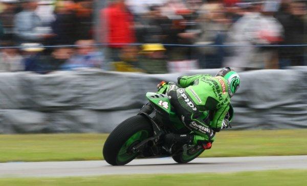 2007 Moto GP British Grand Prix.Donington Park, England.22nd-24th June 2007.Randy de Puniet (Kawasaki Racing Team, Kawasaki ZX-RR) action.World Copyright: Kevin Wood/LAT Photographicref: Digital Image IMG_6346