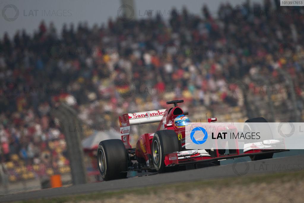 Shanghai International Circuit, Shanghai, China Sunday 14th April 2013 Fernando Alonso, Ferrari F138.  World Copyright: Andy Hone/LAT Photographic ref: Digital Image HONZ7114