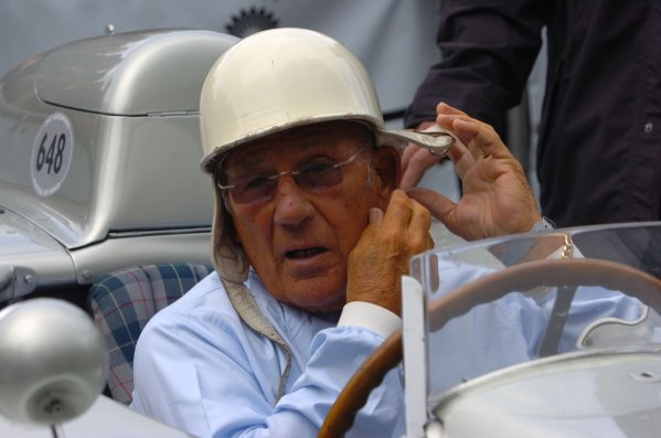2007 Goodwood Festival of Speed, Goodwood House, Sussex, UK. 22nd/23rd/24th June 2007.Sir Stirling Moss.World Copyright: Jeff Bloxham/LAT PhotographicRef: Digital Image only