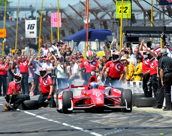 23 May, 2014, Indianapolis, Indiana, USA Scott Dixon wins pit stop competition ©2014, Geoffrey M. Miller LAT Photo USA