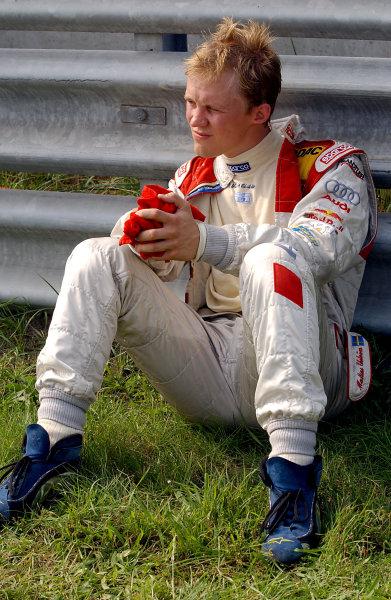 2004 DTM ChampionshipZandvoort, Netherlands. 4th - 5th September.Mattias Ekstrom (Abt Sportsline Audi A4) waits for news of Peter Dumbreck (OPC Phoenix Opel Vectra GTS) after his accident. Portrait.World Copyright: Andre Irlmeier/LAT Photographicref: Digital Image Only