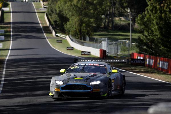 #62 R-Motorsport Aston Martin Vantage GT3: Jake Dennis, Matthieu Vaxiviere, Marvin Kirchhöfer.