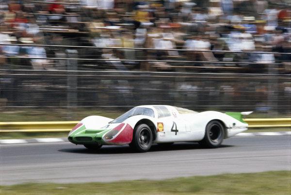 Jo Siffert / Brian Redman, Porsche System Engineering, Porsche 908 LH 026.