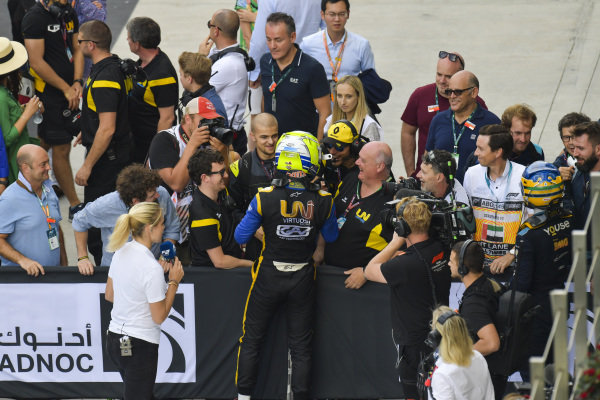 Luca Ghiotto (ITA, UNI VIRTUOSI), is greeted by team owner Declan Lohan in parc ferme