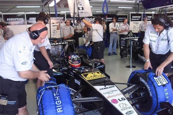 Fernando Alonso(ESP) European Minardi PS01 German Grand Prix Practice, Hockenheim 27 July 2001 DIGITAL IMAGE