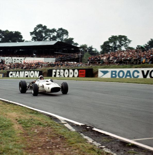Brands Hatch, England.14-16 July 1966.Bruce McLaren (McLaren M2B Serenissima) 6th position.Ref-3/2257.World Copyright - LAT Photographic