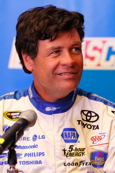 16 February, 2012, Daytona Beach, Florida USAMichael Waltrip(c)2012, LAT SouthLAT Photo USA
